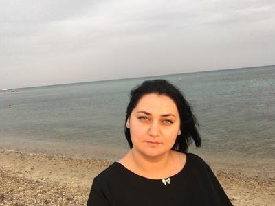 Dina,28-3