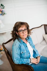 Lena,49-4