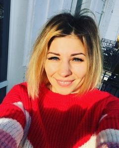 Katya,32-4