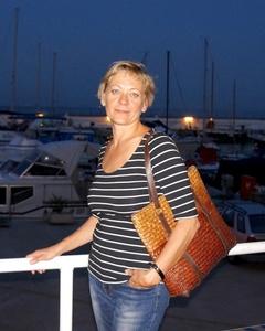 Natalia,57-3