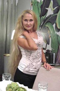 Lili,45-1