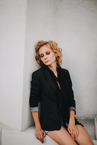 Anna,34-3
