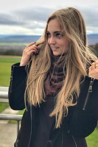 Christine,20-1