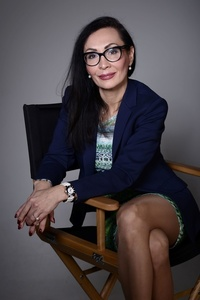 Elena,49-9