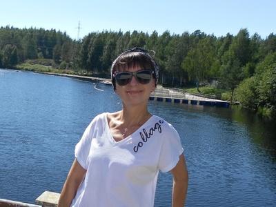 Alena,44-6