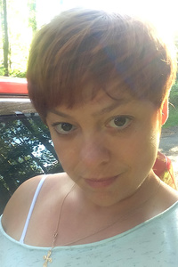 Elena,44-2