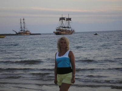 Irina,43-8