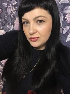 Irina,33-9
