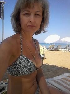 Anna,38-7