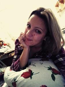 Anna,27-4