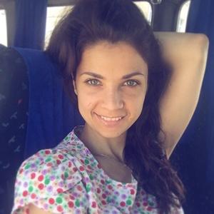 Anna,33-3