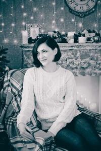 Anna,40-4