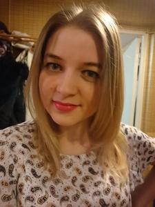 Yulia,27-3