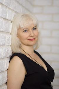 Lena,41-3
