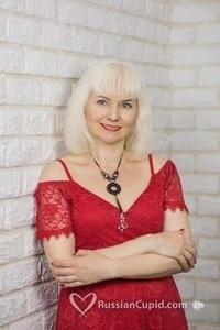 Lena,41-9