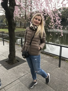 Alexandra,38-5