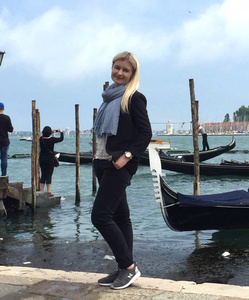 Alexandra,38-2