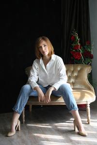 Anna,43-4