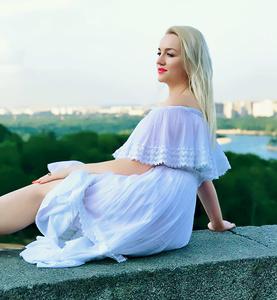 Polina,37-2