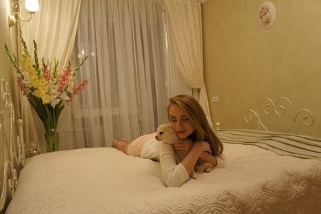 Yuliya,32-4