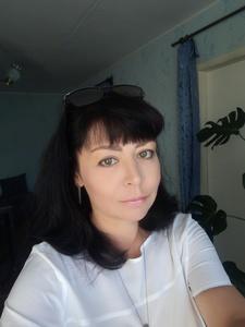 Tina,53-8