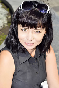 Tina,53-1