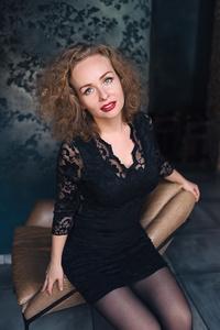 Elena,34-2