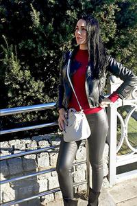 Dina,36-1