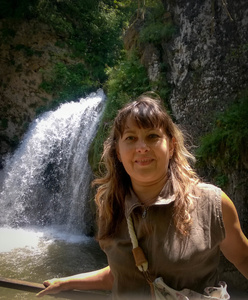 Alexandra,49-4