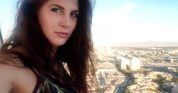 Natalia,34-17