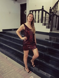 Elena,44-3