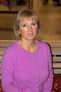 Elena,58-1