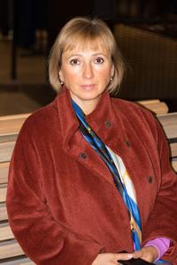 Elena,58-5