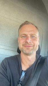 Fredrik,47-8
