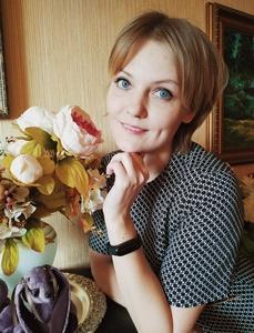Anastasia,32-4