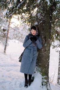 Anna,29-5