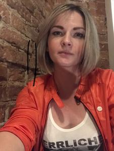 Ana,34-4