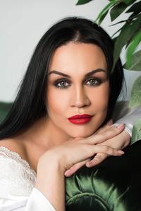 Natalya,32-1