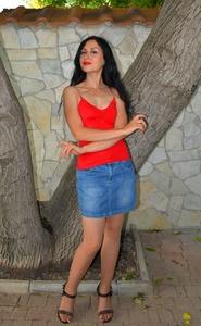 Yulia,40-9