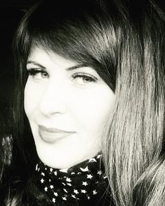Elena,35-7