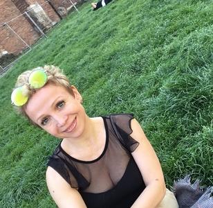 Lilia,40-8