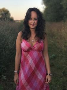 Anna,28-4