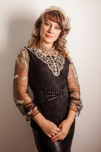 Julia,40-2