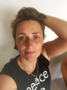 Anna,39-5