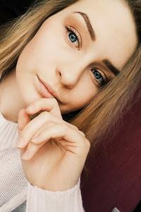 Anastasia,19-1