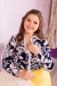 Valentina,44-1