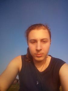 Андрей,18-1