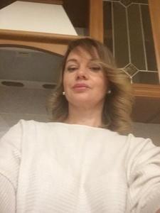Anna,51-24