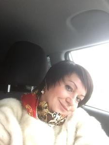 Anna,51-2