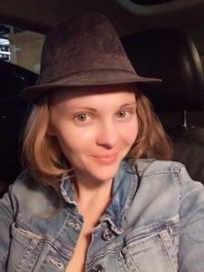 Olga,32-6